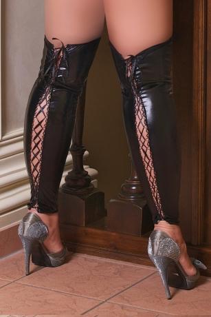 Sexy Beinstulpen aus schwarzen Wetlook