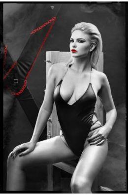 Schwarzer Damen-Body mit Ketten aus Wetlook-Material